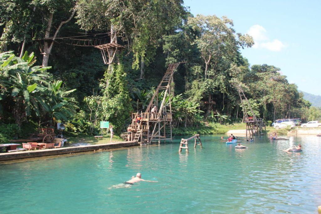 blue lagoon 3 -  3 giorni a vang vieng