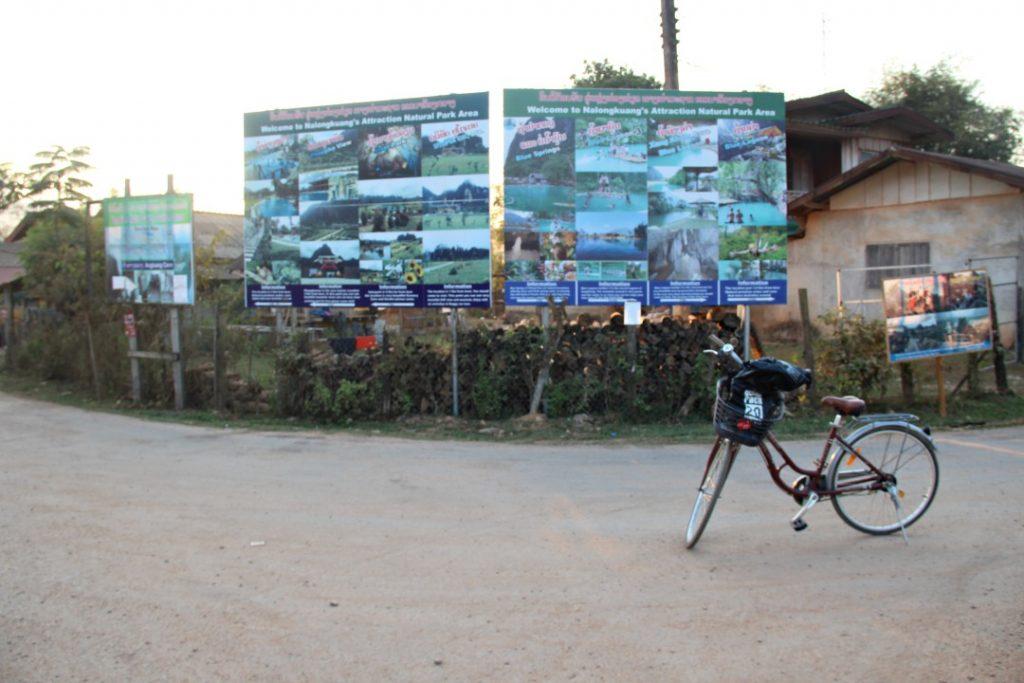 bivio percorso per le lagune di vang vieng