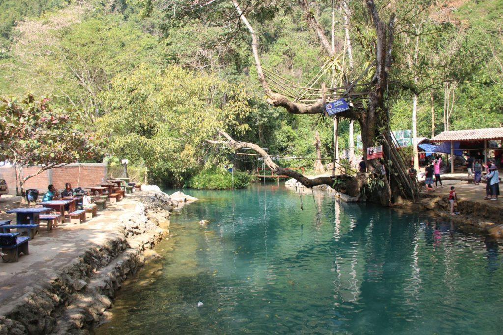 blue lagoon 1, tre giorni a vang vieng