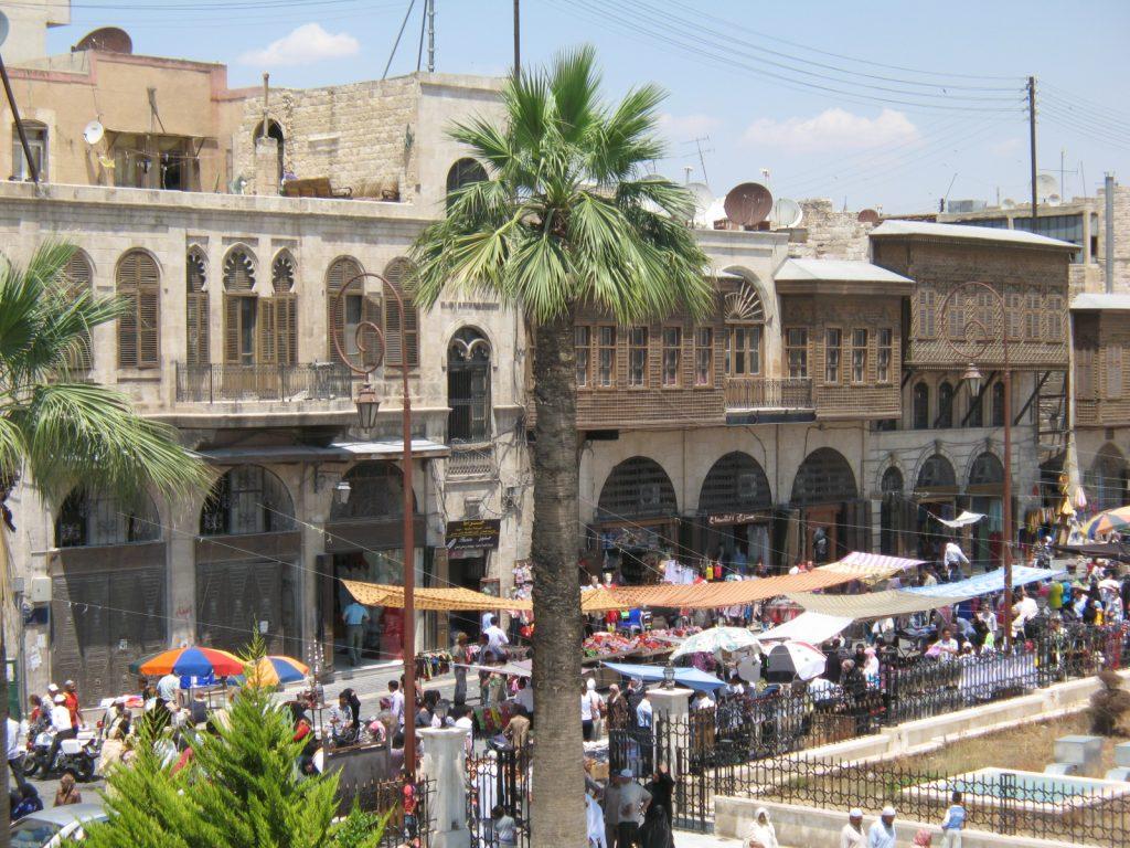 viaggio in siria: aleppo. Vista dal ristorante di fianco alla moschea