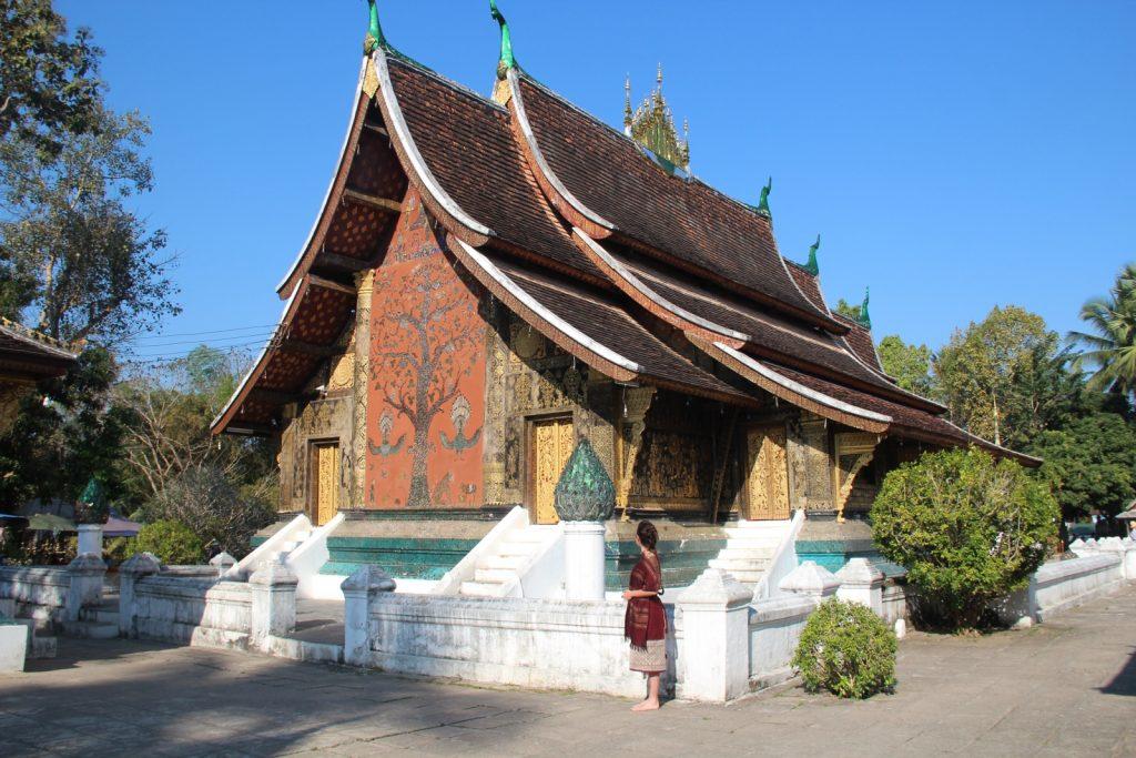 visitare luang prabang, uno degli edifici all'interno del complesso del wat xieng thong